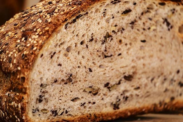 vícezrnný chléb.jpg